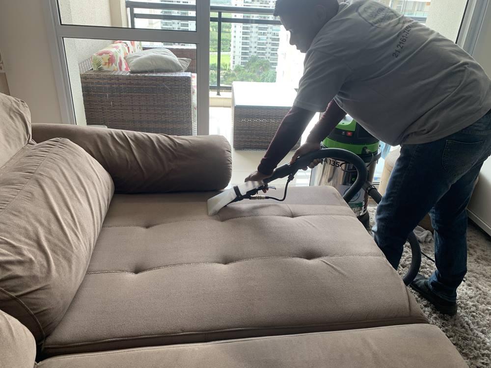 limpeza de sofá 2 módulos na barra da tijuca